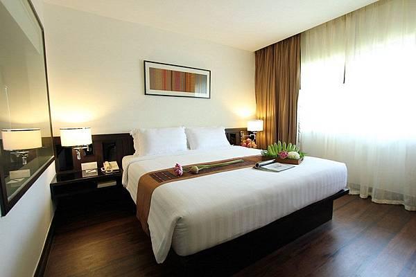 Juliana hotel-01.jpg