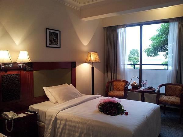 Imperial garden villa & hotel-01.jpg