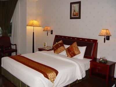 Phnom Penh hotel-01.jpg
