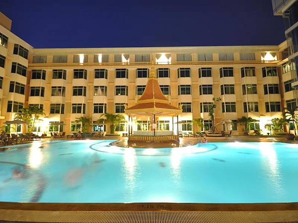 Phnom Penh hotel-03.jpg