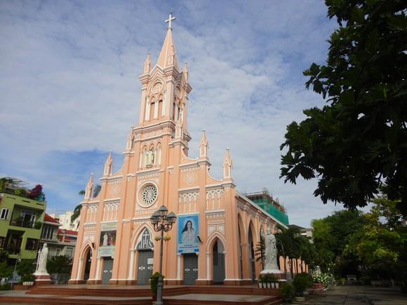 Danang Cathedral-.jpg
