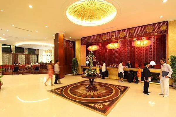 Muong Thanh Hue Hotel-.jpg