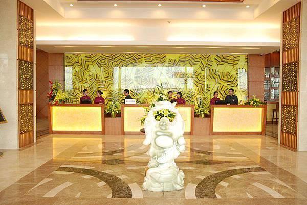 Muong Thanh HaLong-.jpg