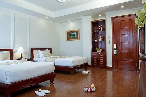 Ninh Binh Legend Hotel-02.jpg