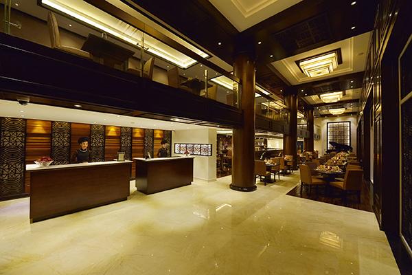 PARADISE SUITES HOTEL-.jpg