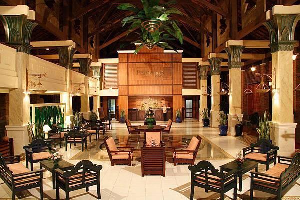 Pandanus Resort-.jpg