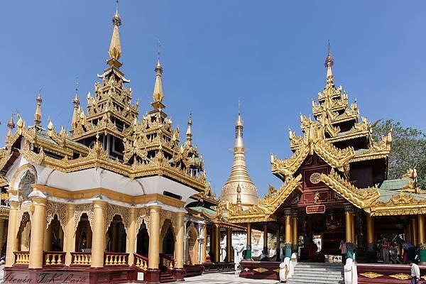 Shwedagon Pagoda-06.jpg