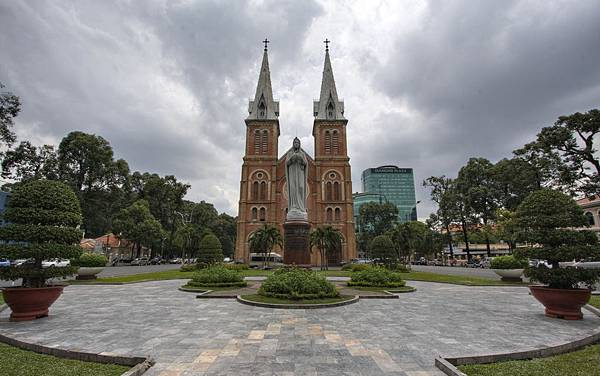 Saigon Notre Dame Cathedral.jpg