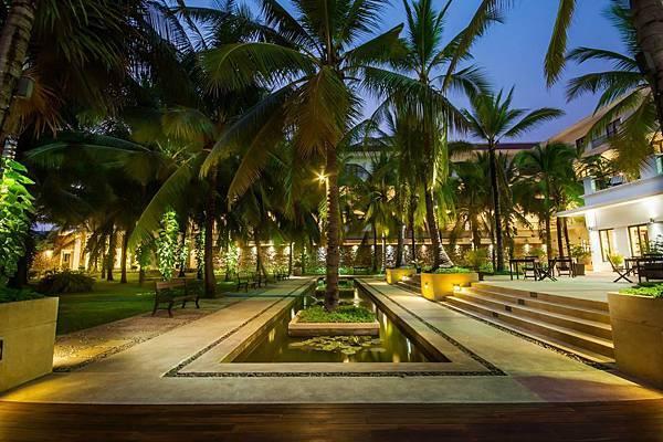 Lotus Blanc Resort-05.jpg
