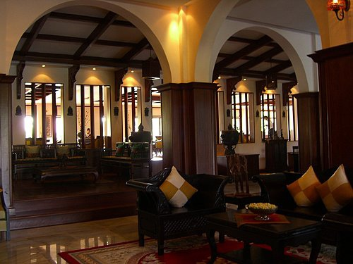 ROYAL ANGKOR RESORT-.jpg