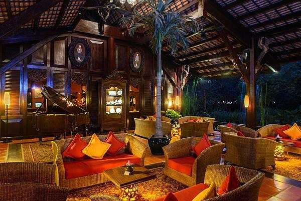 Angkor Village Resort--.jpg