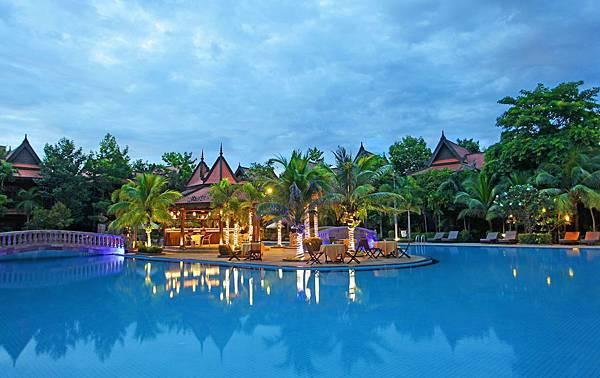 Sokhalay Angkor-04.jpg