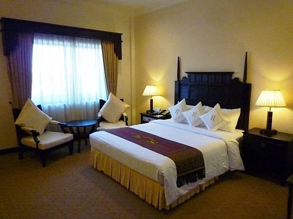 REE HOTEL-01.jpg