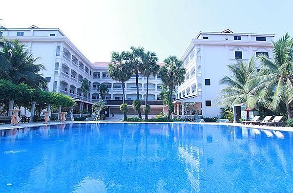 REE HOTEL-07.jpg