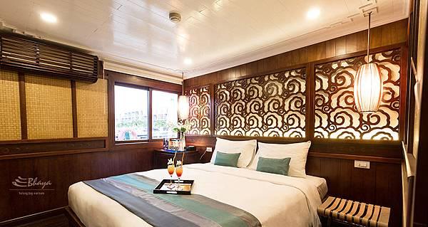 Bhaya Cruises-01.jpg
