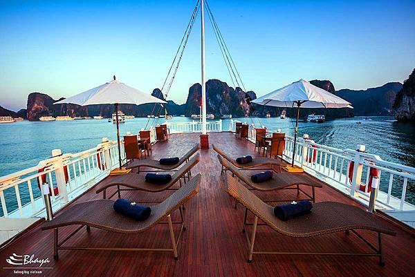 Bhaya Cruises-04.jpg