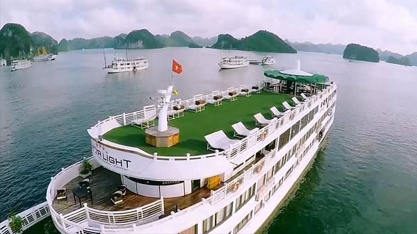 Star light cruise--------.jpg