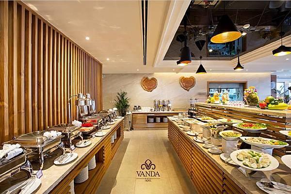 Vanda Hotel Danang-04.jpg