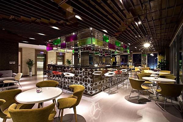 Vanda Hotel Danang-07.jpg
