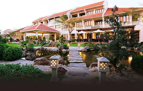 Almanity Hoi An Resort-.jpg