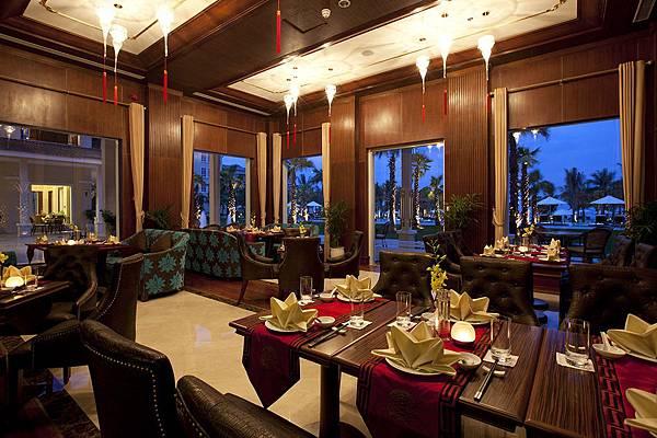 Vinpearl Luxury Da Nang-04.jpg