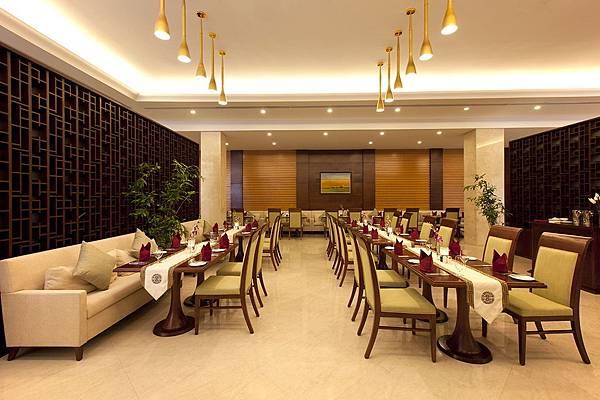 Vinpearl Luxury Da Nang-05.jpg