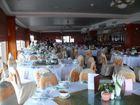 PANORAMA Restaurant-2.JPG