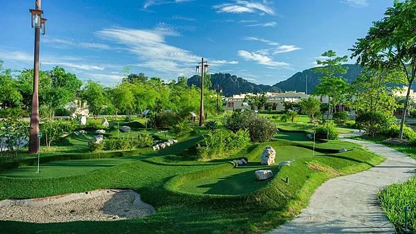 Emeralda Resort-9.jpg