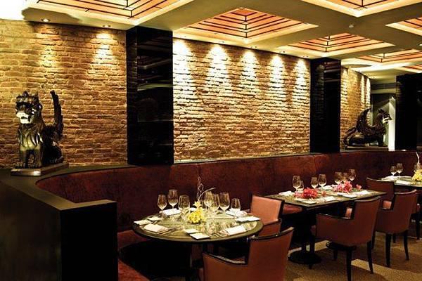 nineteen11 Restaurant-02.jpg