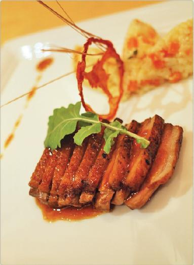 nineteen11 Restaurant-烤鴨胸佐香橙醬汁與紅蘿蔔義式燉飯.jpg