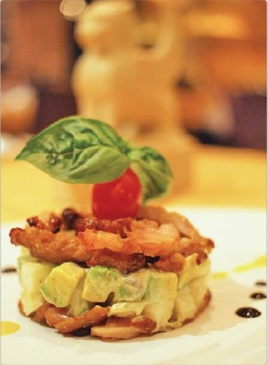 nineteen11 Restaurant-蒂華納雞肉酪梨沙拉.jpg
