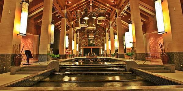 Crowne Plaza Danang-.jpg