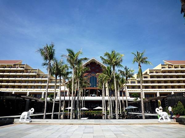 Crowne Plaza Danang-05.jpg