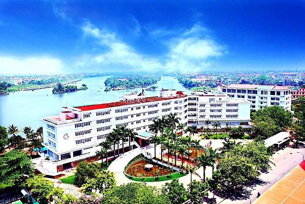 Century Riverside Hue.jpg