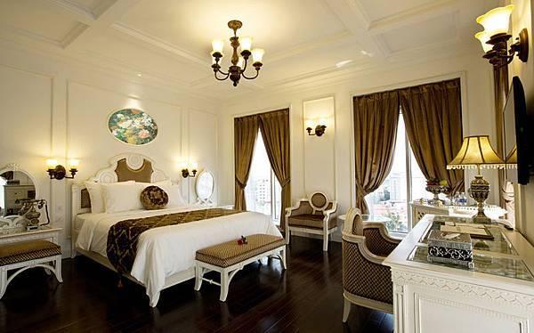 Eldora Hotel Hue-01.jpg