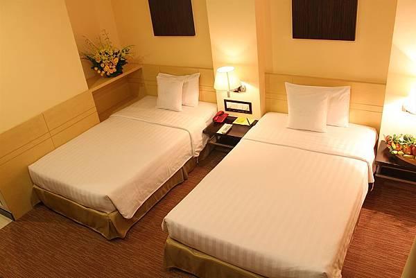 PALACE HOTEL SAIGON-02.jpg