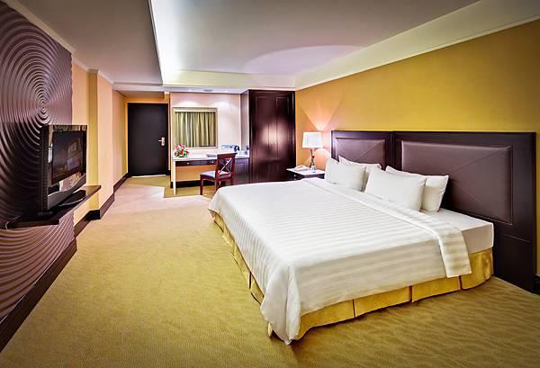 NagaWorld Hotel-01.jpg