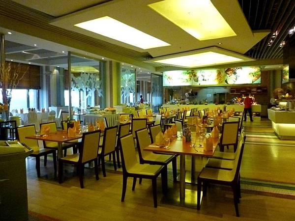 NagaWorld Hotel-04.jpg