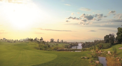 Sky Lake Golf-01.jpg