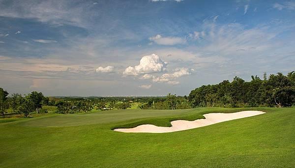 Sky Lake Golf-04.jpg