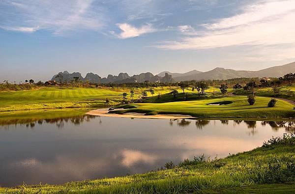 Sky Lake Golf-06.jpg
