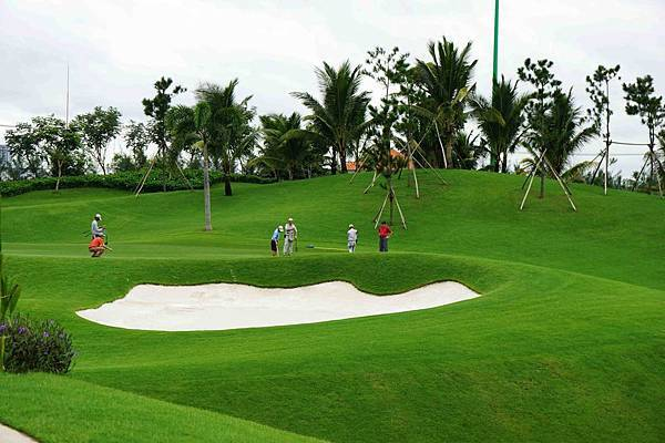 Tan Son Nhat Golf-04.jpg