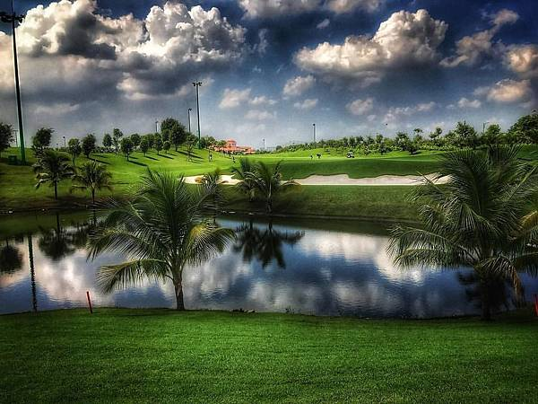 Tan Son Nhat Golf-07.jpg