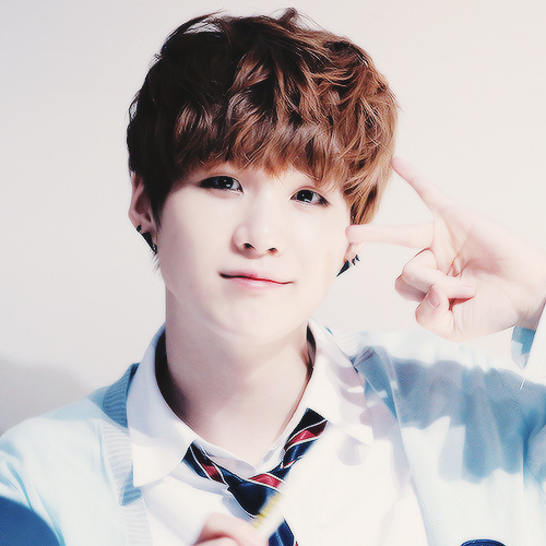 Suga-so-damn-cute-bts-37097896-500-500