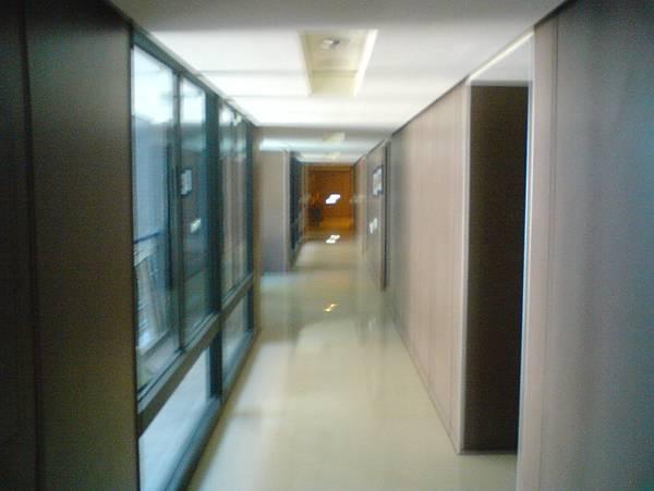 套房走廊唷!
