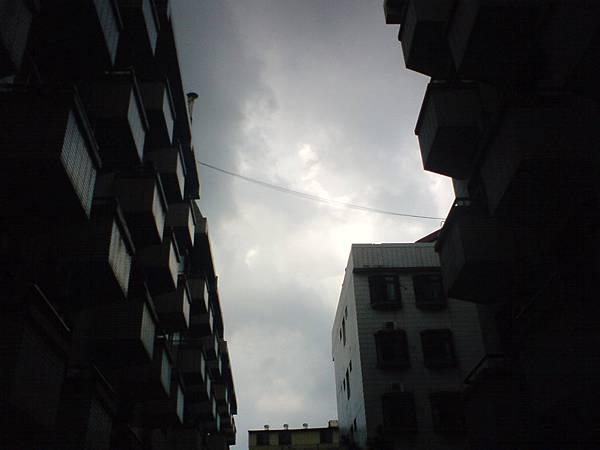台逢的天空