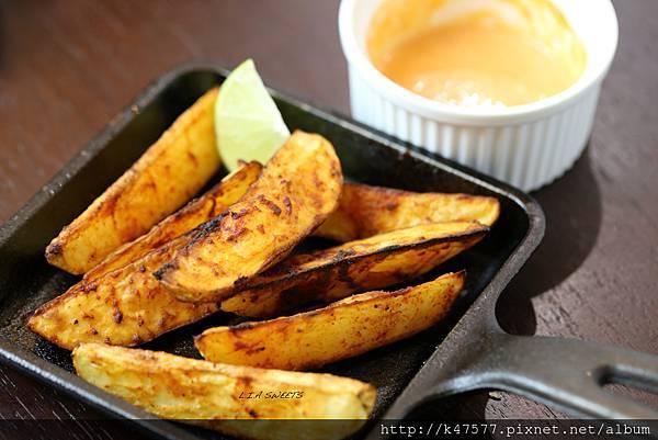 西班牙風味辣薯塊.jpg