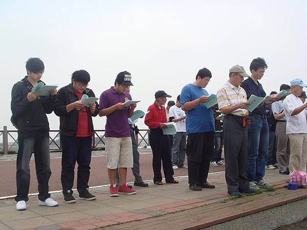 【99年5月】放生5.JPG