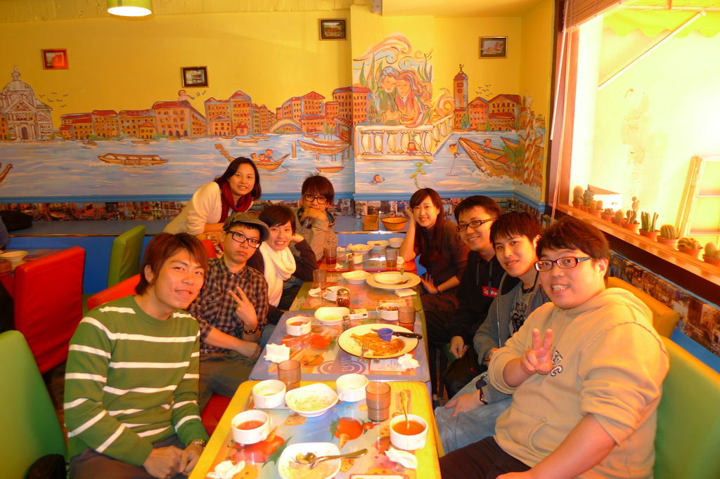 社群發展部-部門聚餐@威尼斯
