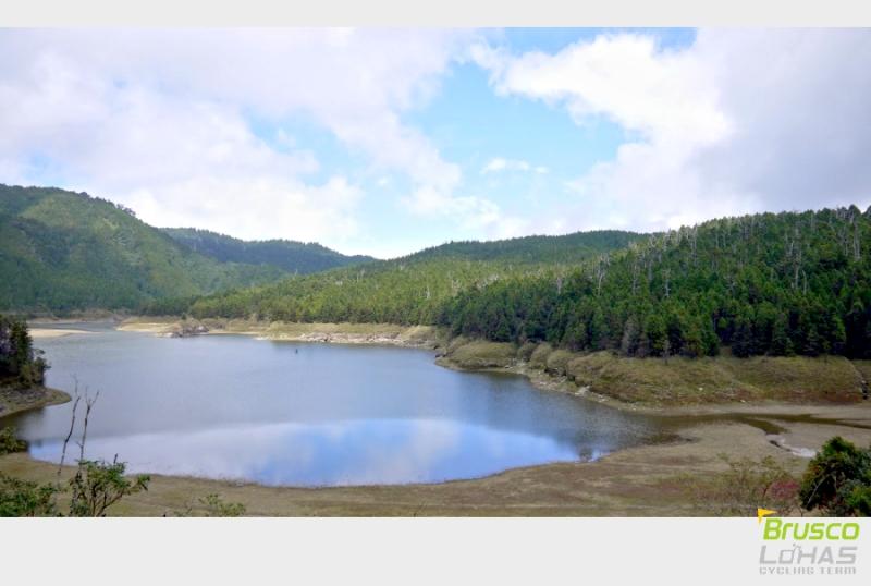 09-翠峰湖.jpg